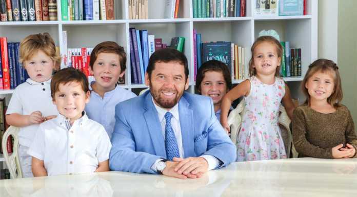 Исмагил Шангареев с детьми и внуками