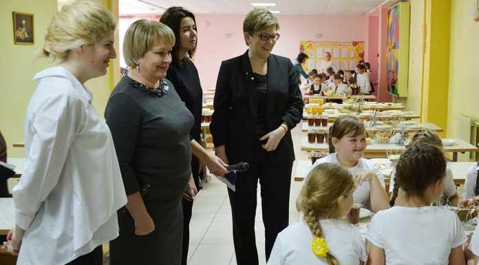 Городские депутаты проверяют школьное питание