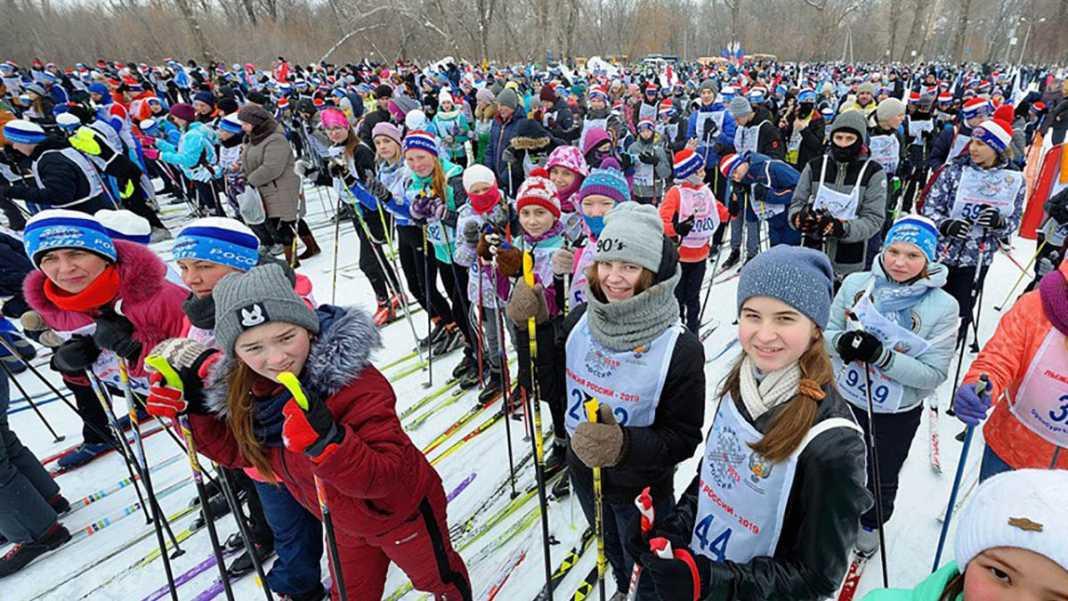 «Лыжня России» в Оренбурге бьет все рекорды по массовости