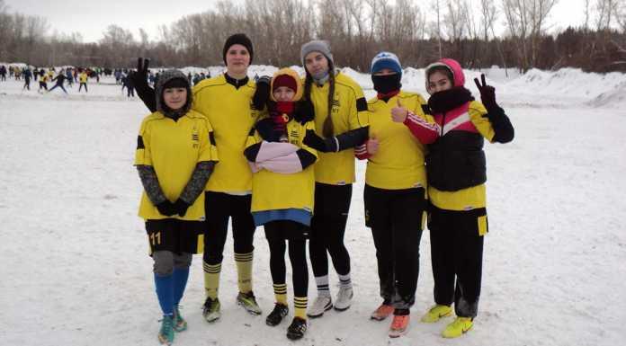 Сборная студенток ОГУ заняла третье место в турнире по футболу на снегу «Зимний мяч Богатое - 2019»