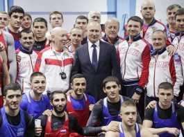Владимир Путин встретился с боксером из Оренбурга Габилом Мамедовым