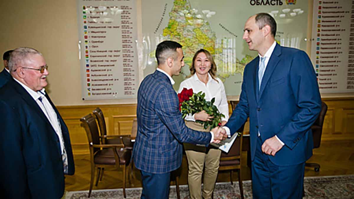 Жанарой Кусановой и Габилом Мамедовым
