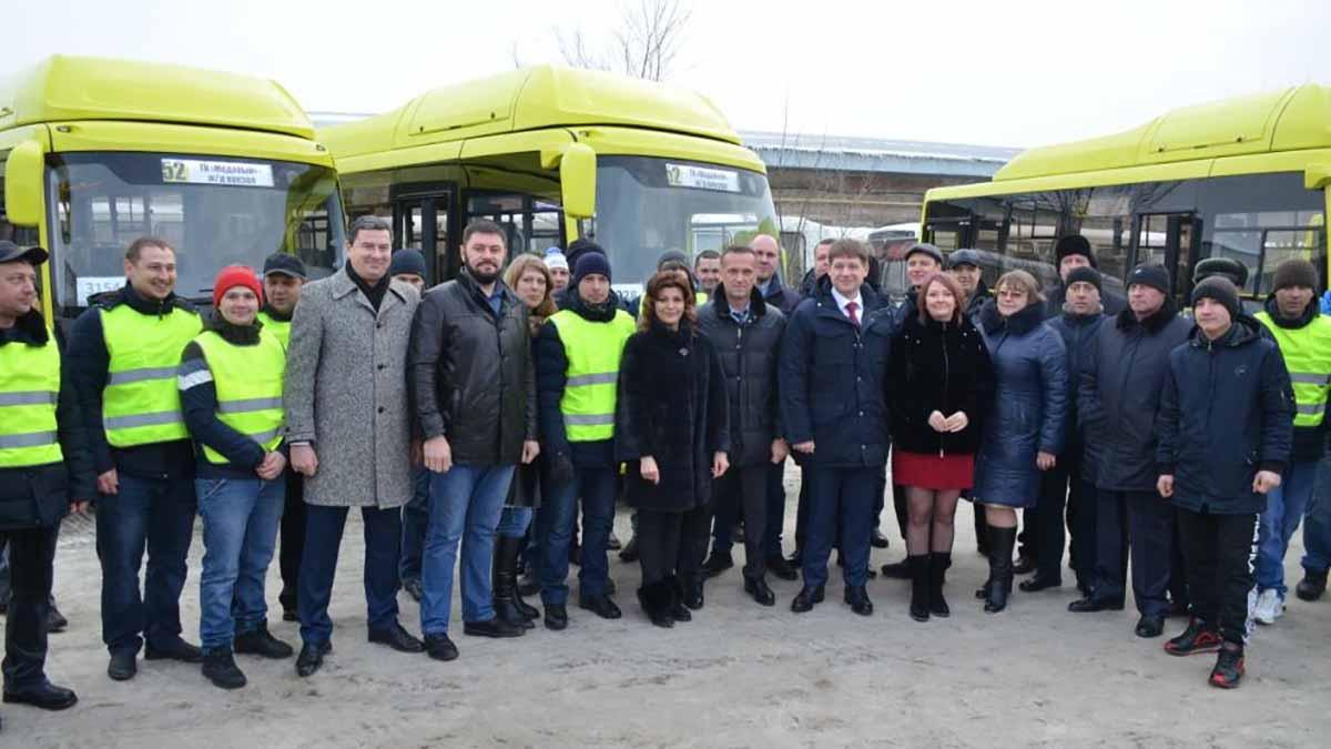 В Оренбурге сегодня презентовали автобусы нового поколения