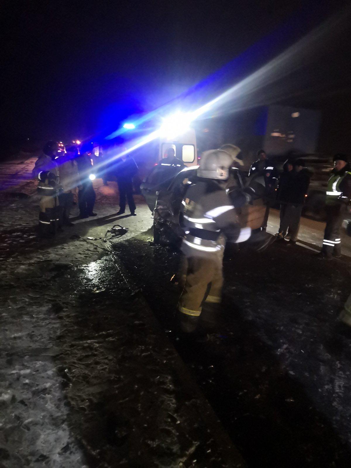Пострадавших пришлось извлекать из покореженных автомобилей